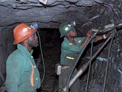 zamibian-copper-miners